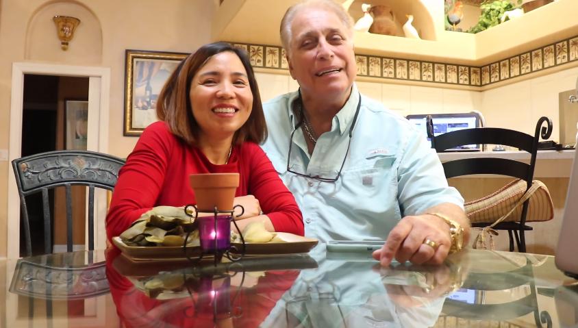 Vợ chồng Việt Kiều tại Mỹ
